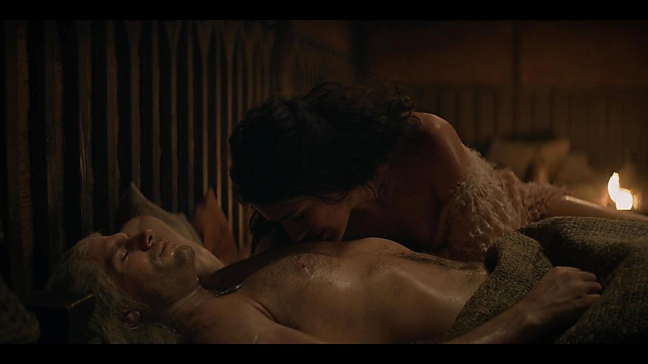 Henry Cavill sexy shirtless scene December 20, 2019, 8am