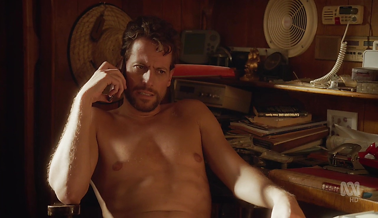 Ioan Gruffudd sexy shirtless scene April 7, 2018, 12pm