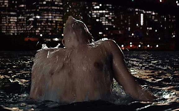 Ioan Gruffudd sexy shirtless scene September 29, 2014, 8pm