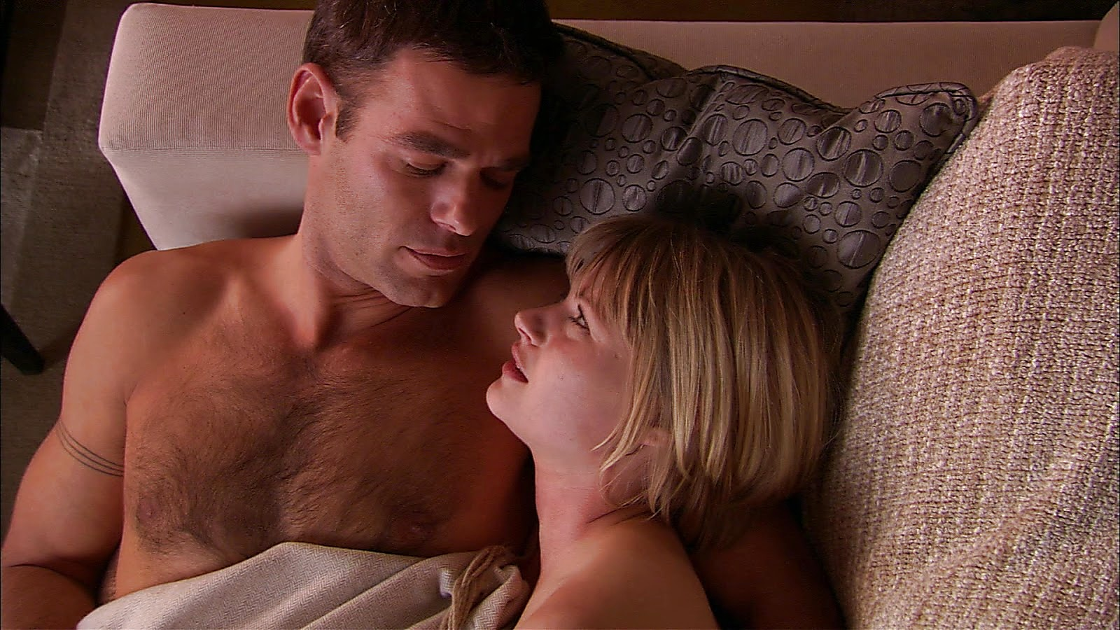 Ivan Sergei sexy shirtless scene March 7, 2019, 9am