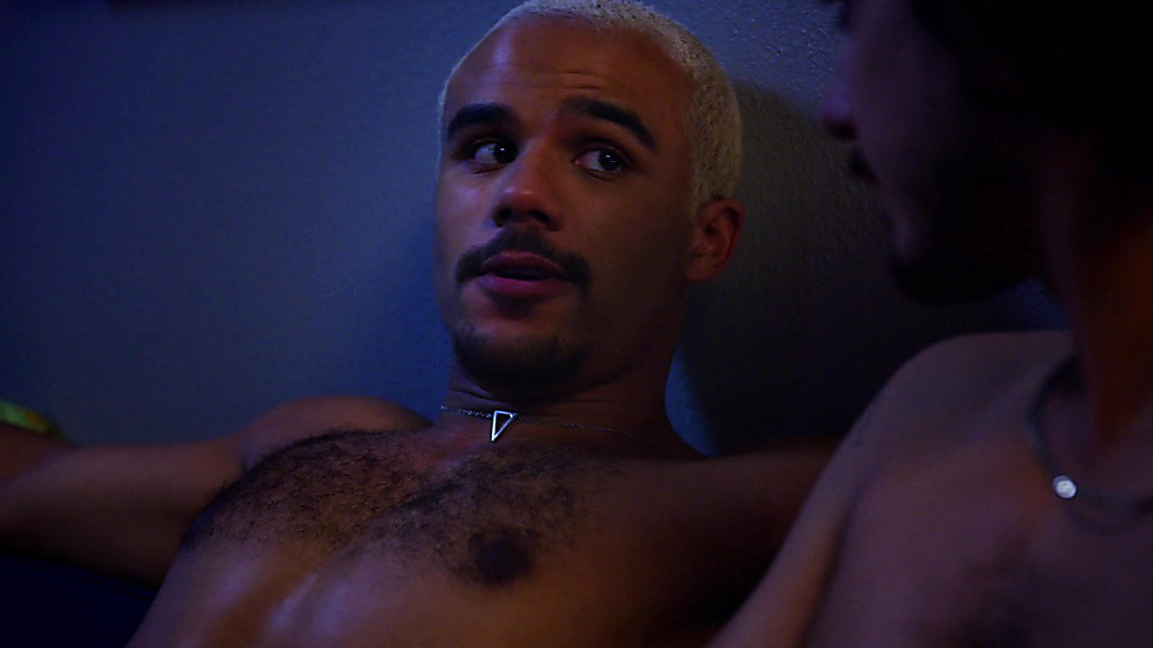 Jacob Artist sexy shirtless scene March 24, 2019, 10am