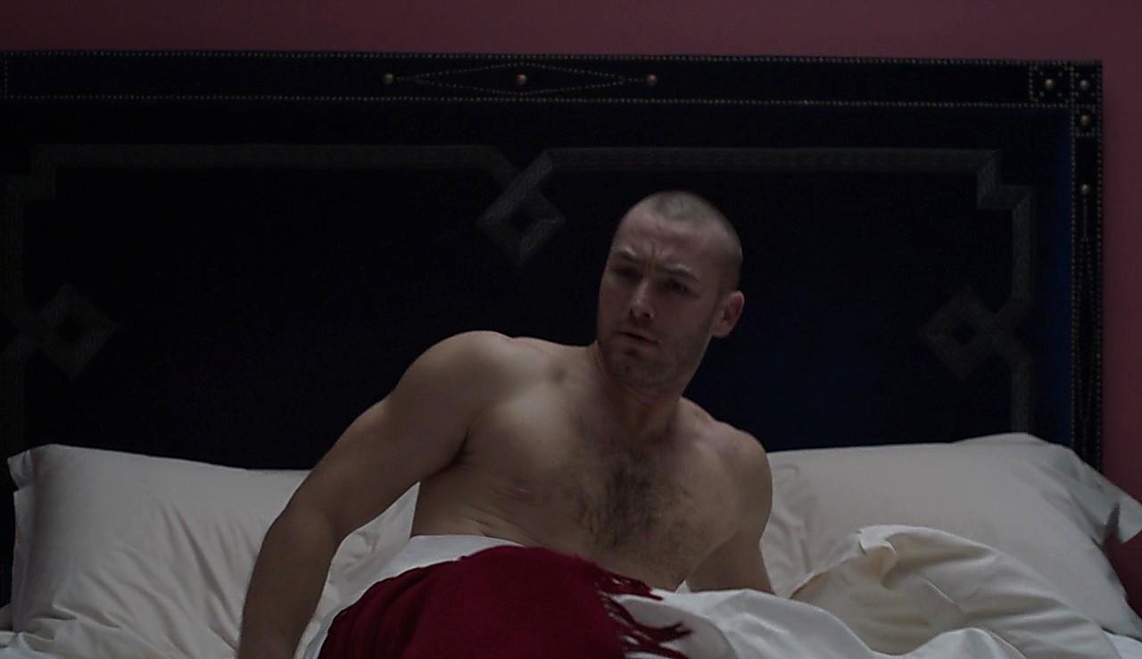 Jake Mclaughlin sexy shirtless scene January 25, 2017, 12pm