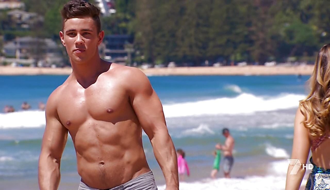 Jake Ryan latest sexy shirtless scene May 16, 2018, 10am
