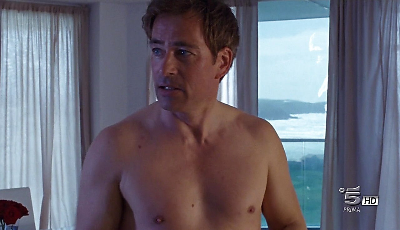 Jan Sosniok latest sexy shirtless scene September 13, 2017, 11am