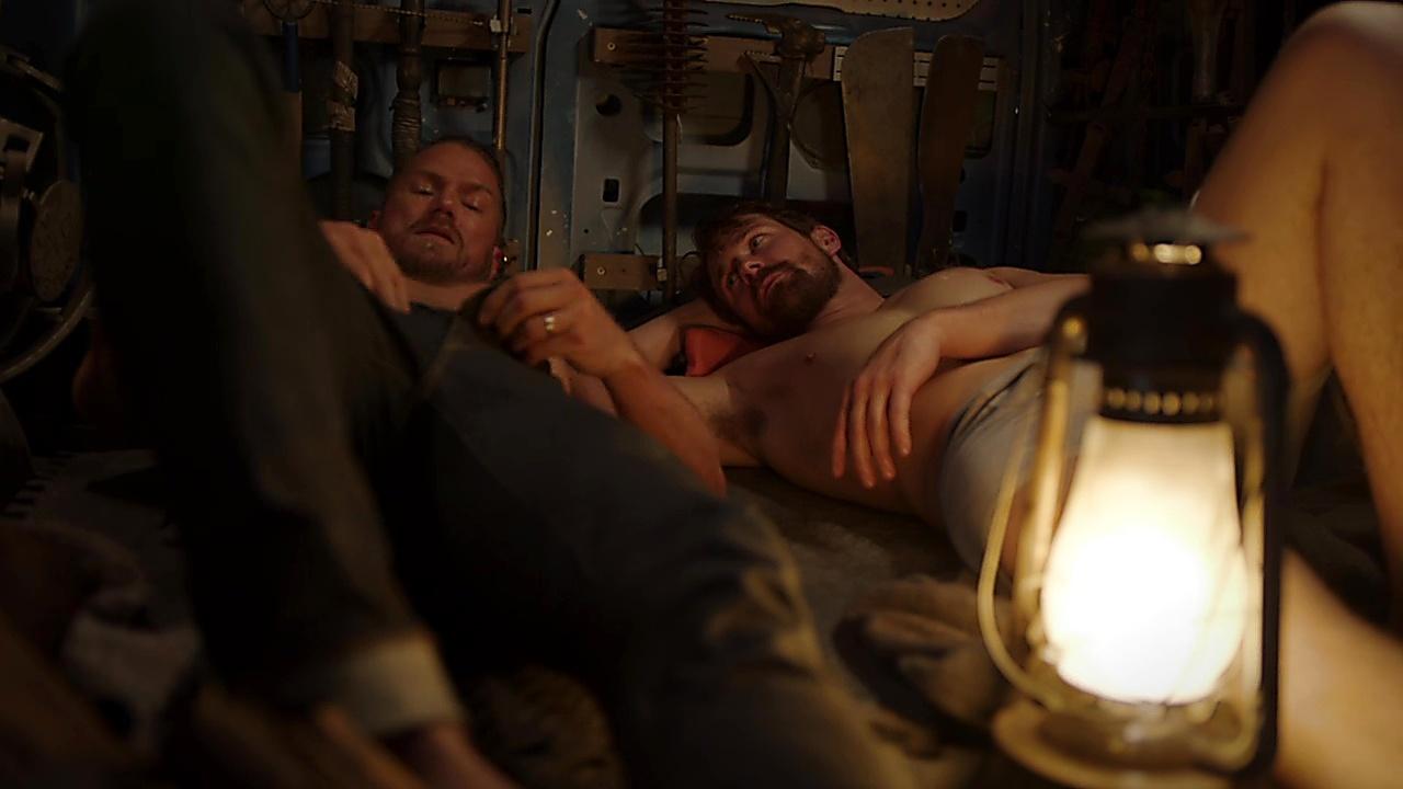 Jason Lewis sexy shirtless scene December 8, 2018, 2pm