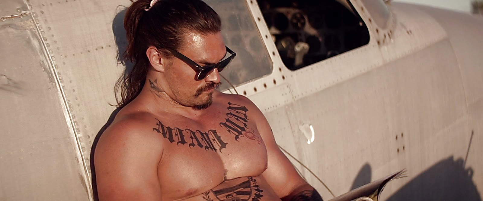 Jason Momoa The Bad Batch 2017 06 23 5jpg