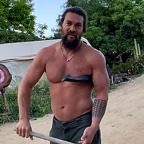 Jason Momoa latest sexy shirtless May 11, 2020, 10pm