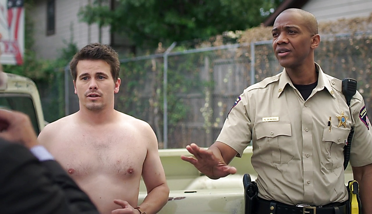 Jason Ritter sexy shirtless scene November 8, 2017, 12pm