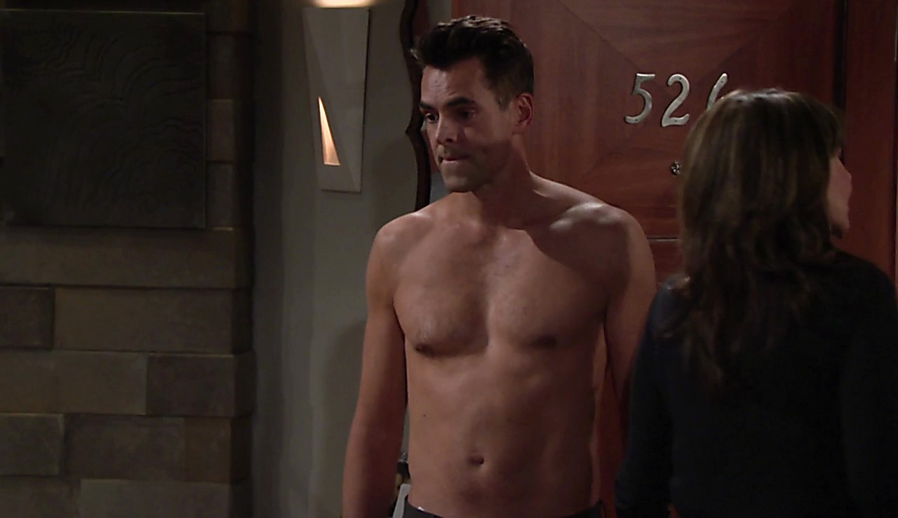 Jason Thompson sexy shirtless scene July 2, 2017, 1pm
