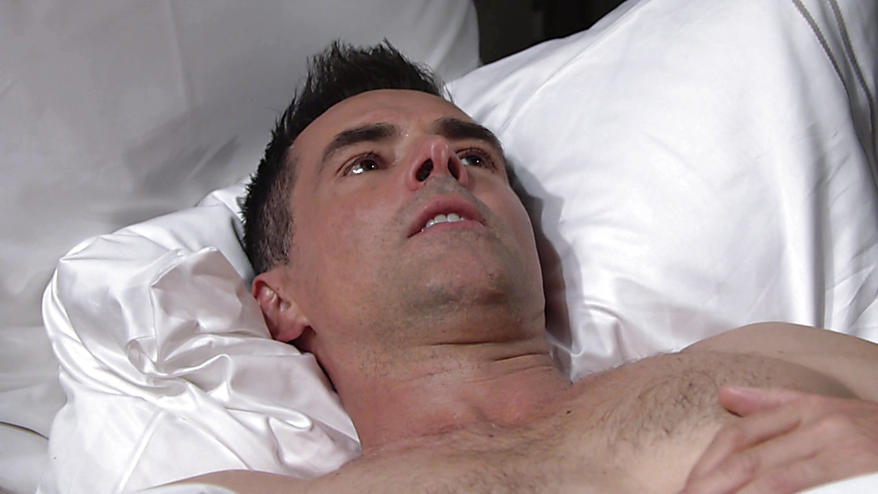 Jason Thompson sexy shirtless scene May 21, 2019, 10am
