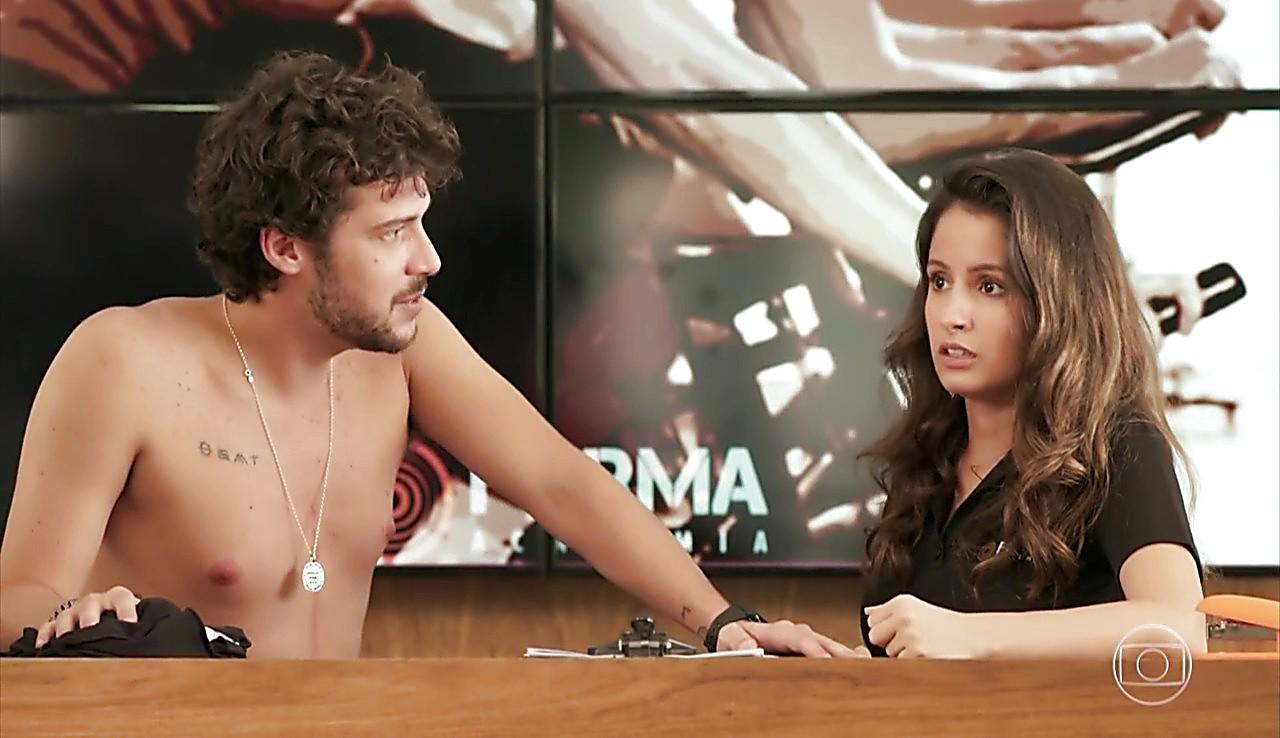 Jayme Matarazzo sexy shirtless scene January 29, 2017, 12pm
