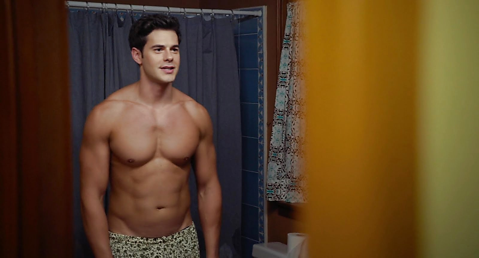 Jayson Blair latest sexy shirtless scene November 6, 2018, 9am