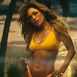 Jennifer Lopez latest sexy shirtless November 8, 2018, 6pm