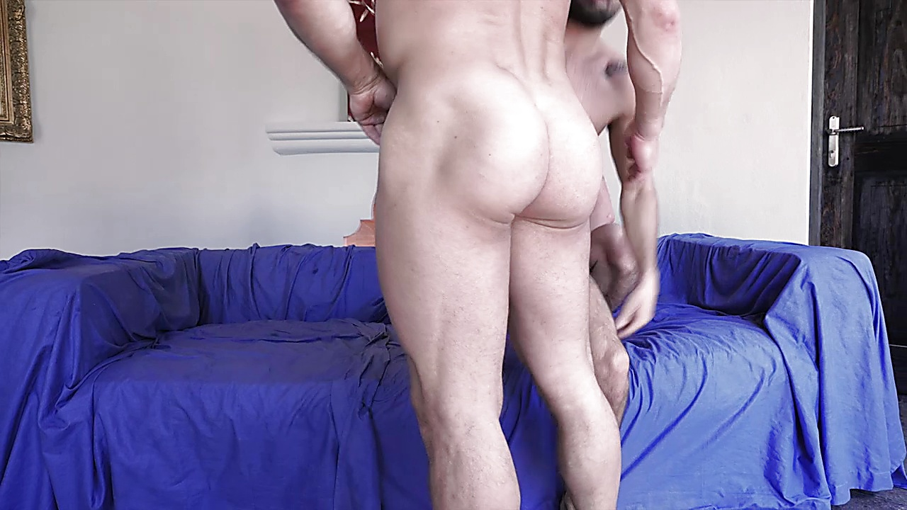 Jesse Santana sexy shirtless scene September 29, 2019, 12pm