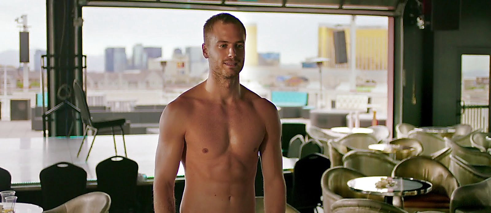 Jim Bakkum latest sexy shirtless scene March 11, 2018, 1pm
