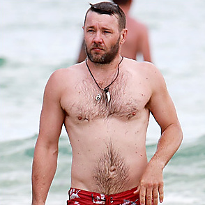 Joel Edgerton latest sexy shirtless January 15, 2018, 4pm
