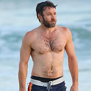 Joel Edgerton latest sexy shirtless June 22, 2021, 10pm