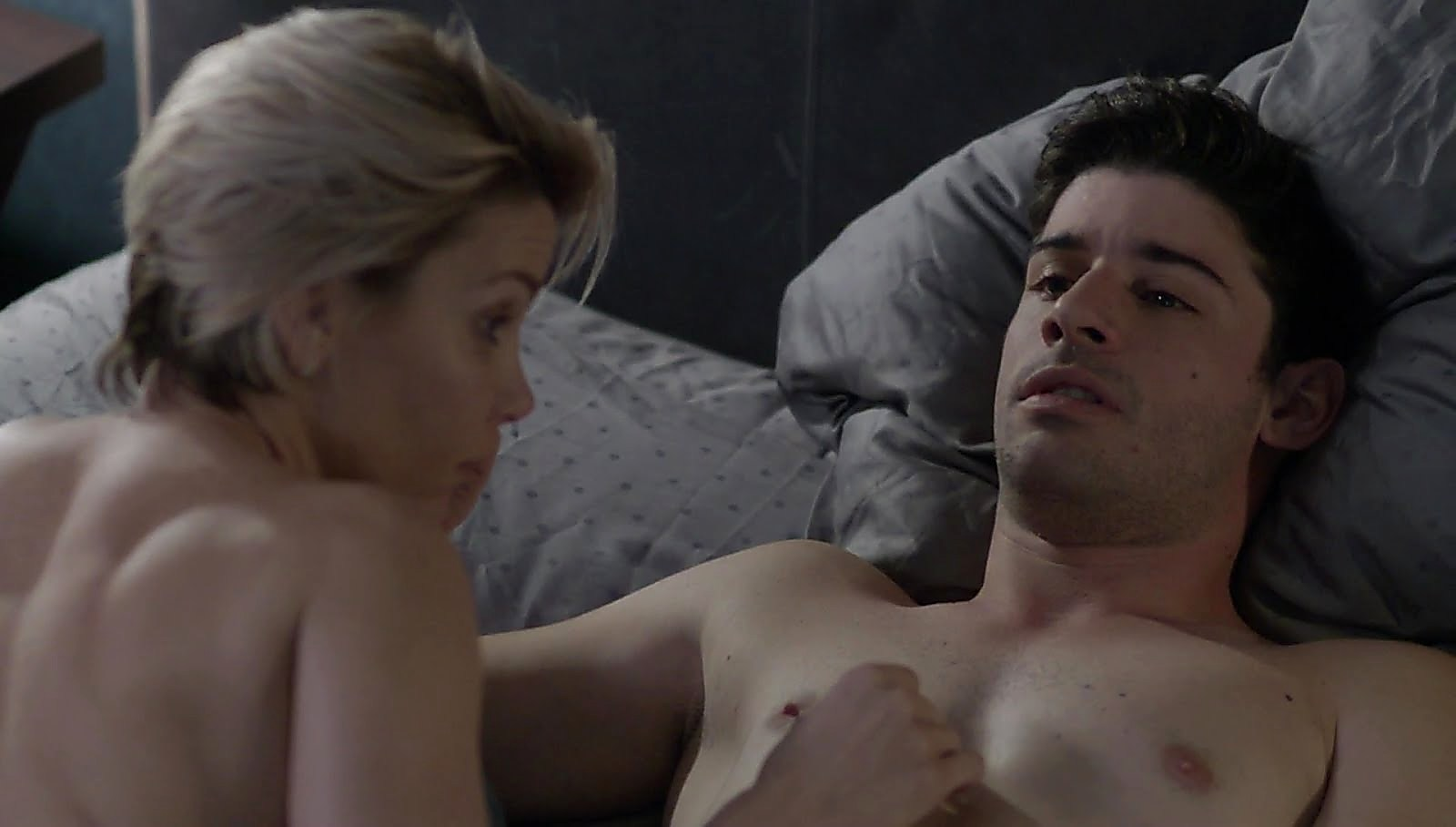 Jonathan Freudman sexy shirtless scene June 12, 2018, 1am