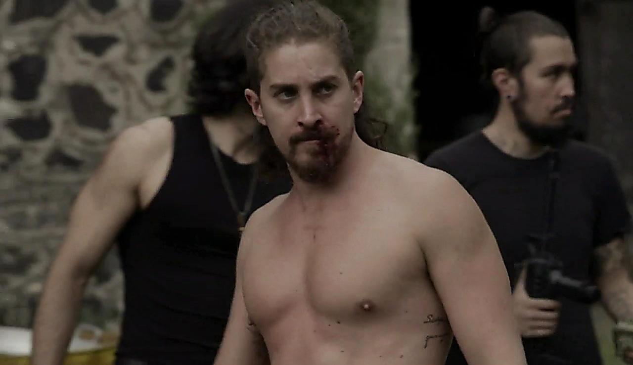 Jonathan Islas sexy shirtless scene January 26, 2018, 12pm