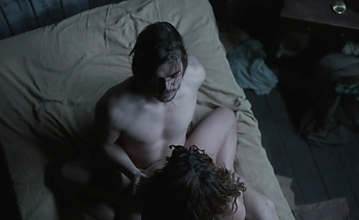 Josh Hartnett sexy shirtless scene May 26, 2014, 4pm