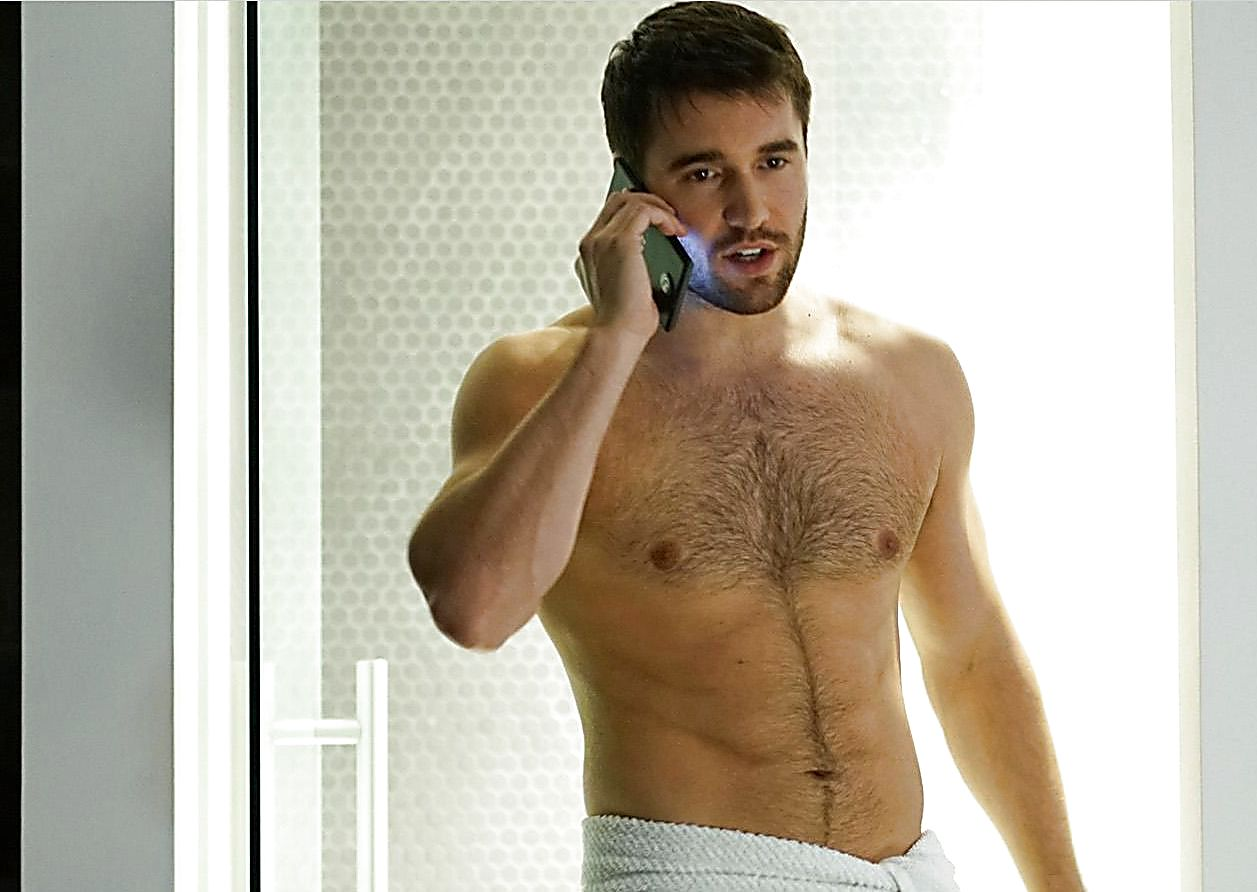 Joshua Bowman sexy shirtless scene February 21, 2017, 11am