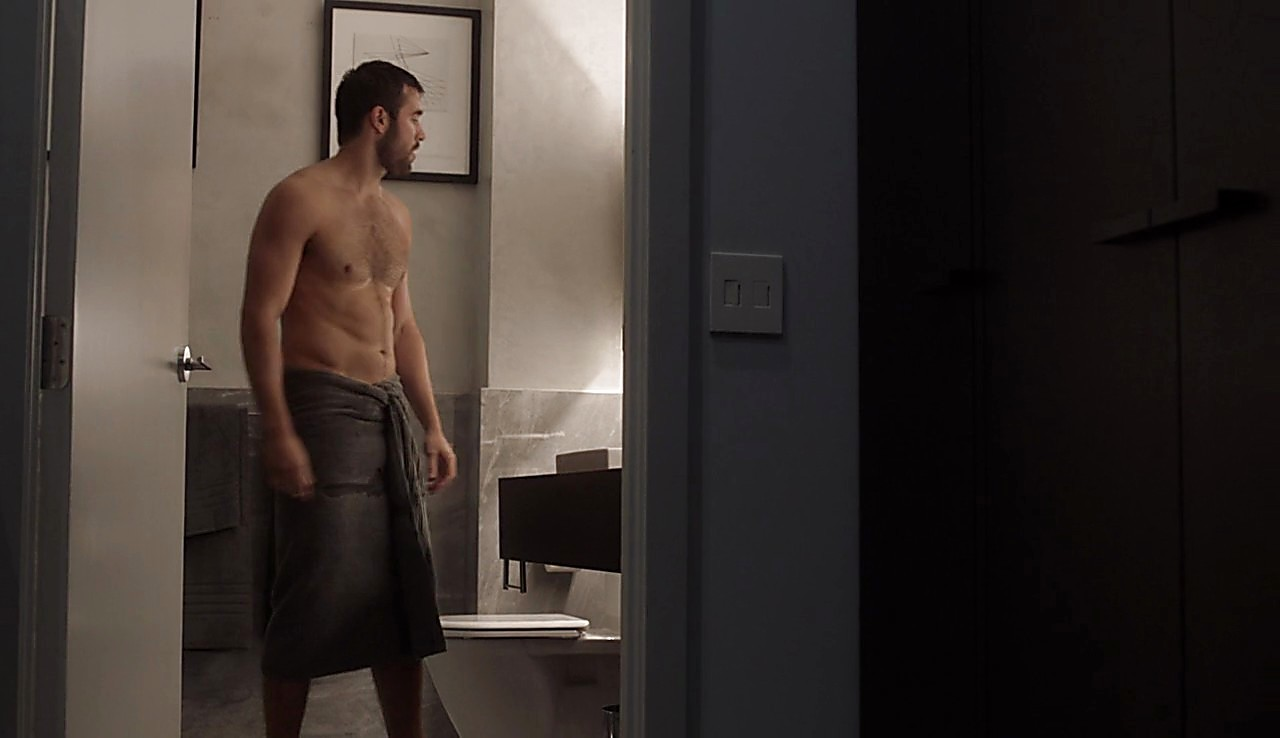 Joshua Bowman sexy shirtless scene March 13, 2017, 4pm