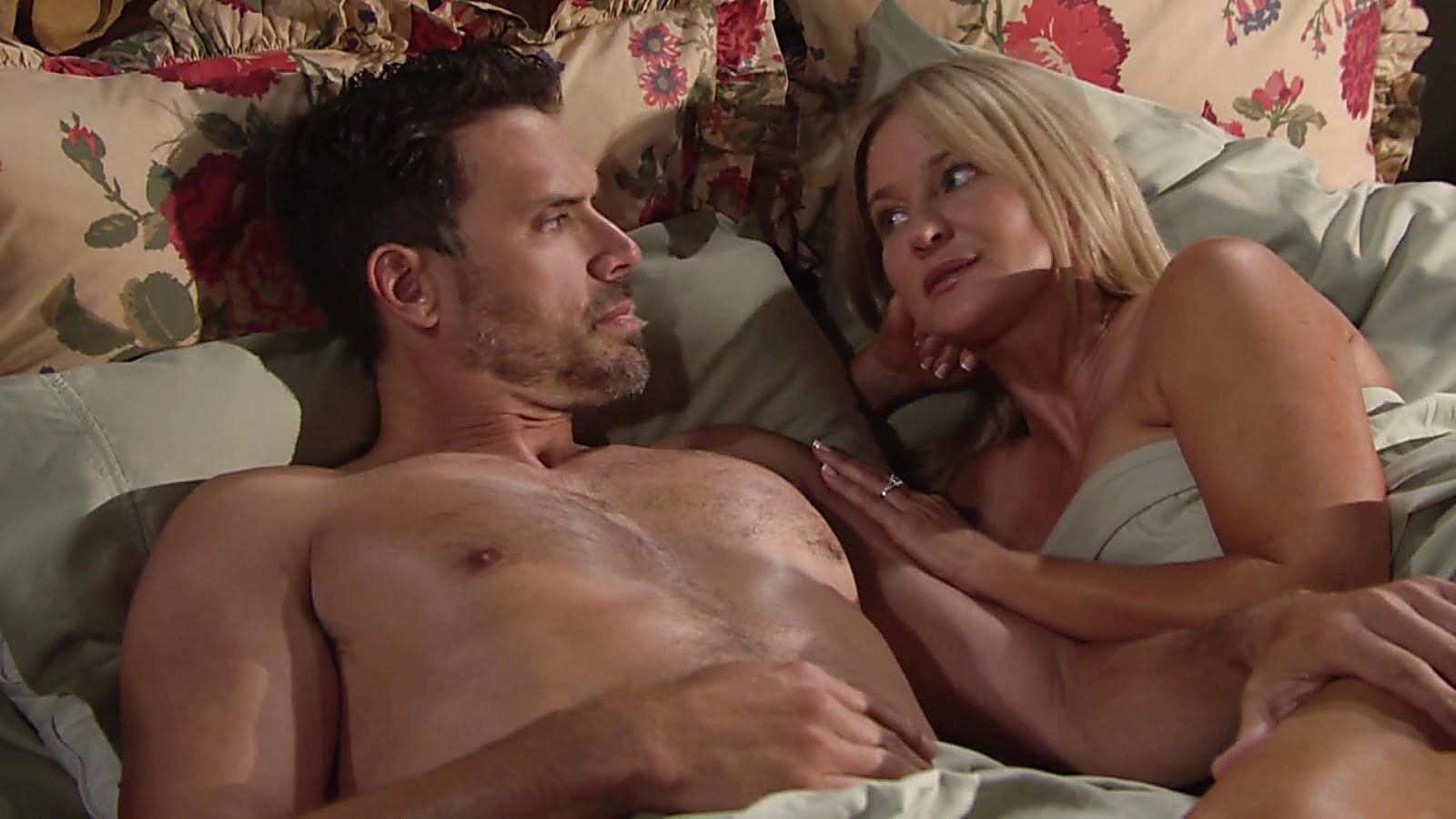 Joshua Morrow sexy shirtless scene August 26, 2018, 12pm