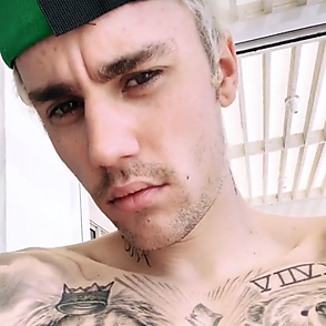 Justin Bieber latest sexy shirtless December 30, 2019, 3pm