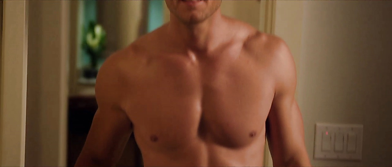 Justin Hartley sexy shirtless scene January 8, 2018, 5am