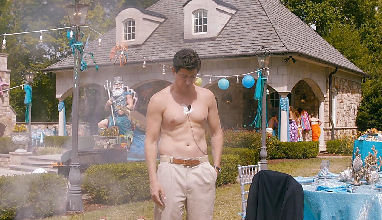Ken Marino sexy shirtless scene June 15, 2017, 12pm