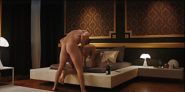 Kevin Janssens sexy shirtless scene May 30, 2021, 5am