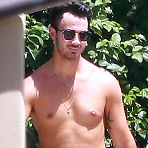 Kevin Jonas latest sexy shirtless June 28, 2019, 1pm