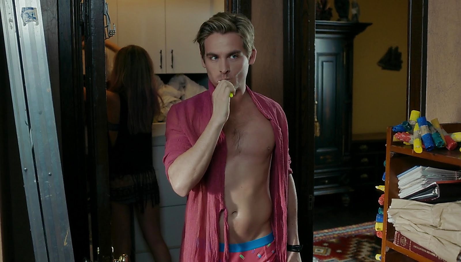Kevin Zegers sexy shirtless scene May 15, 2018, 9am