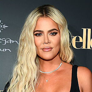 Khloe Kardashian latest sexy shirtless August 20, 2019, 9am