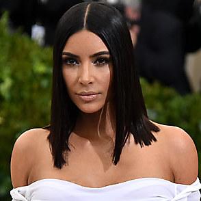 Kim Kardashian latest sexy shirtless October 5, 2017, 10am