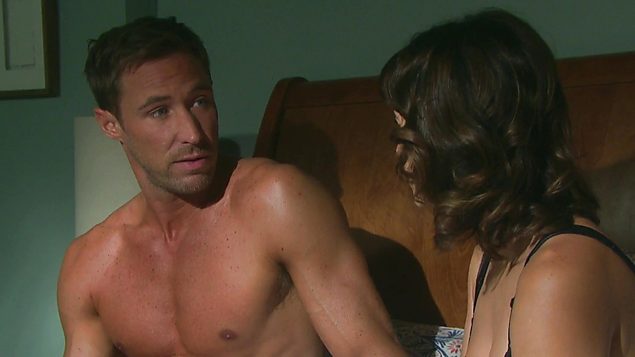 Kyle Lowder sexy shirtless scene March 1, 2019, 12pm