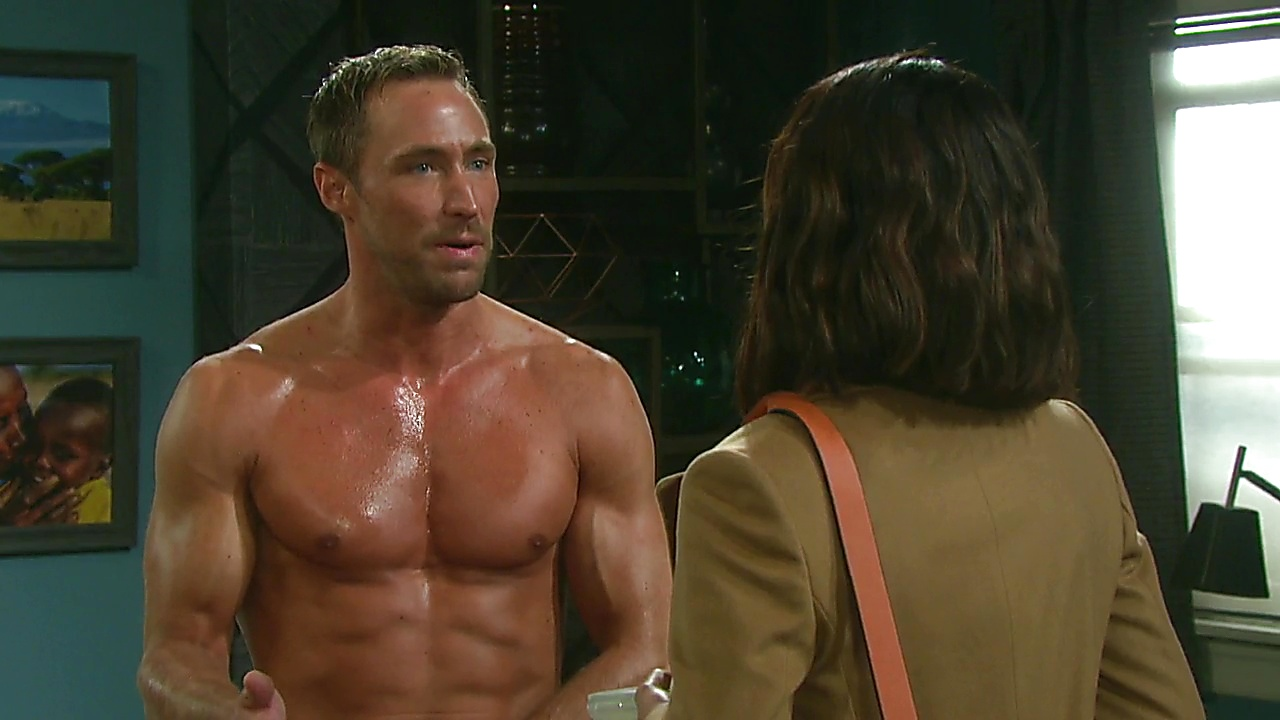 Kyle Lowder sexy shirtless scene March 15, 2019, 12pm