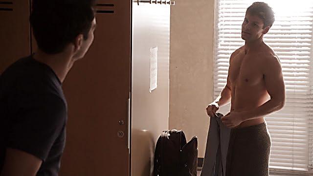 Lachlan Buchanan sexy shirtless scene April 9, 2021, 6am