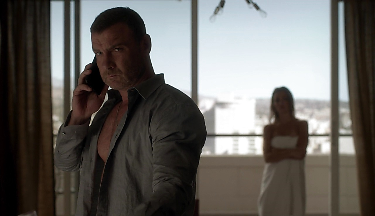 Liev Schreiber latest sexy shirtless scene October 9, 2017, 1pm