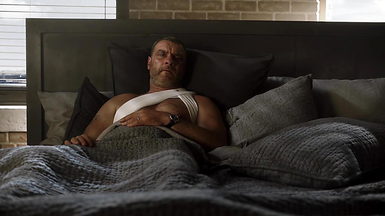 Liev Schreiber sexy shirtless scene December 30, 2018, 3pm