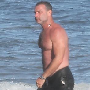 Liev Schreiber latest sexy shirtless September 5, 2020, 10pm
