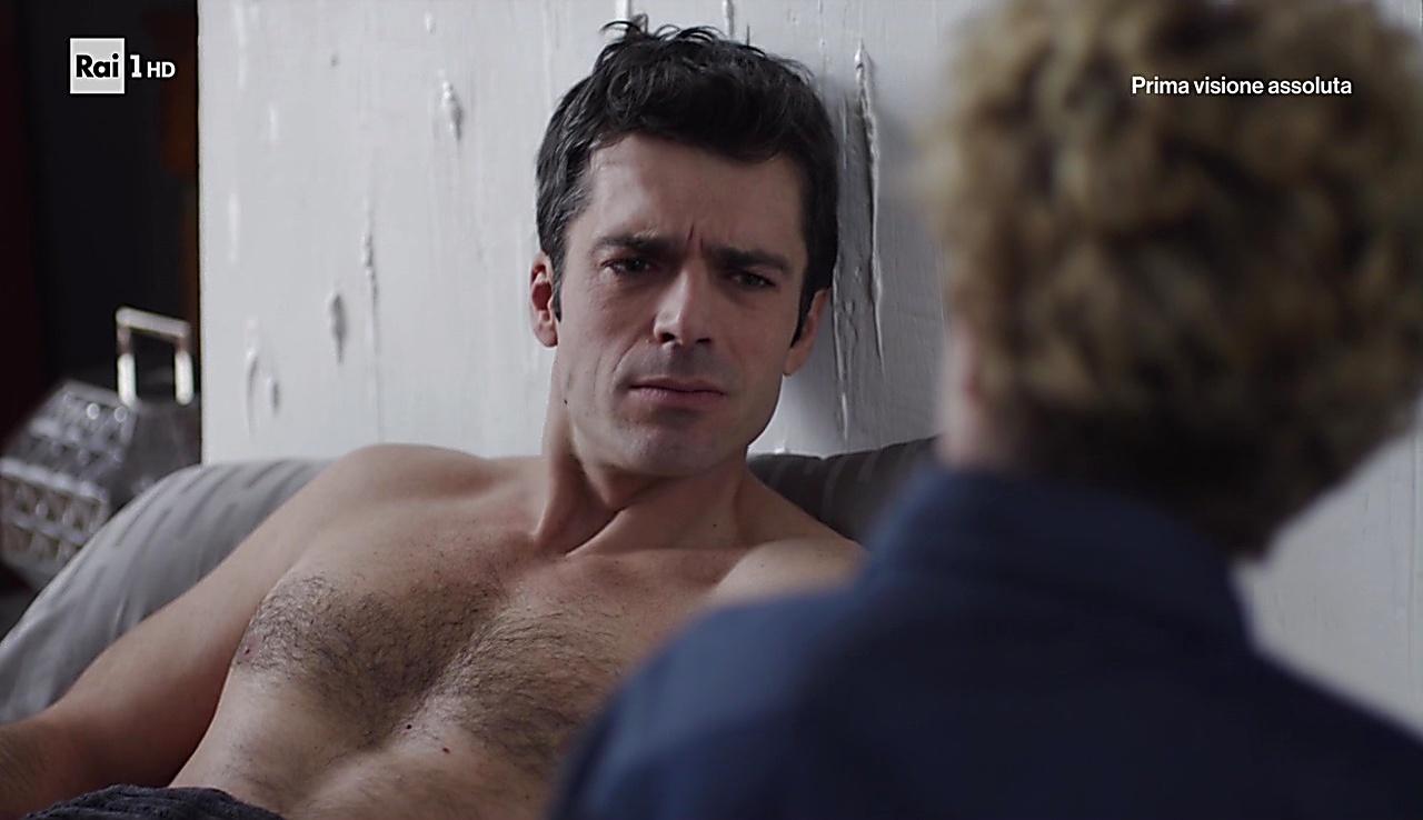 Luca Argentero sexy shirtless scene November 17, 2017, 11am