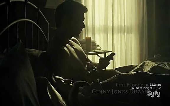 Lucas Bryant sexy shirtless scene October 27, 2014, 11am
