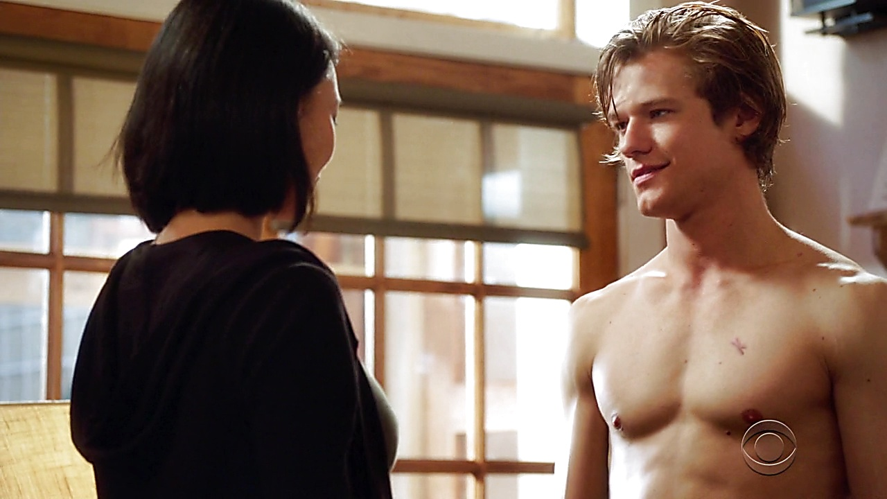Lucas Till sexy shirtless scene February 18, 2019, 9am