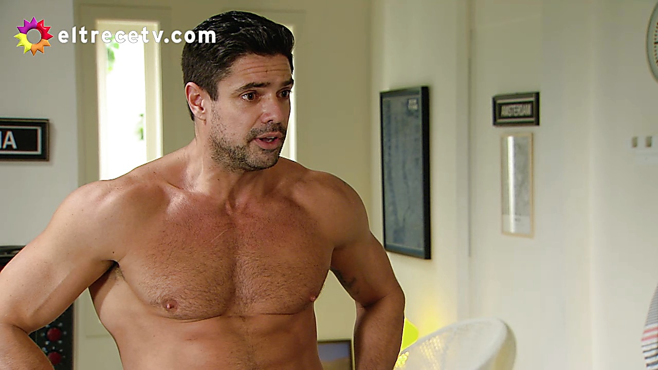Luciano Castro sexy shirtless scene January 31, 2020, 7am