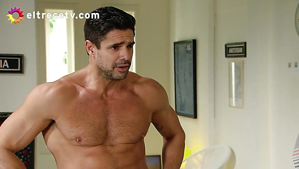 Luciano Castro sexy shirtless scene August 17, 2017, 11am