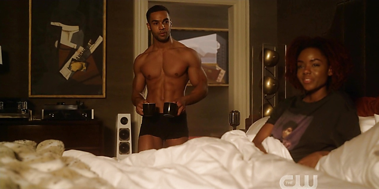 Lucien Laviscount sexy shirtless scene February 7, 2020, 6am
