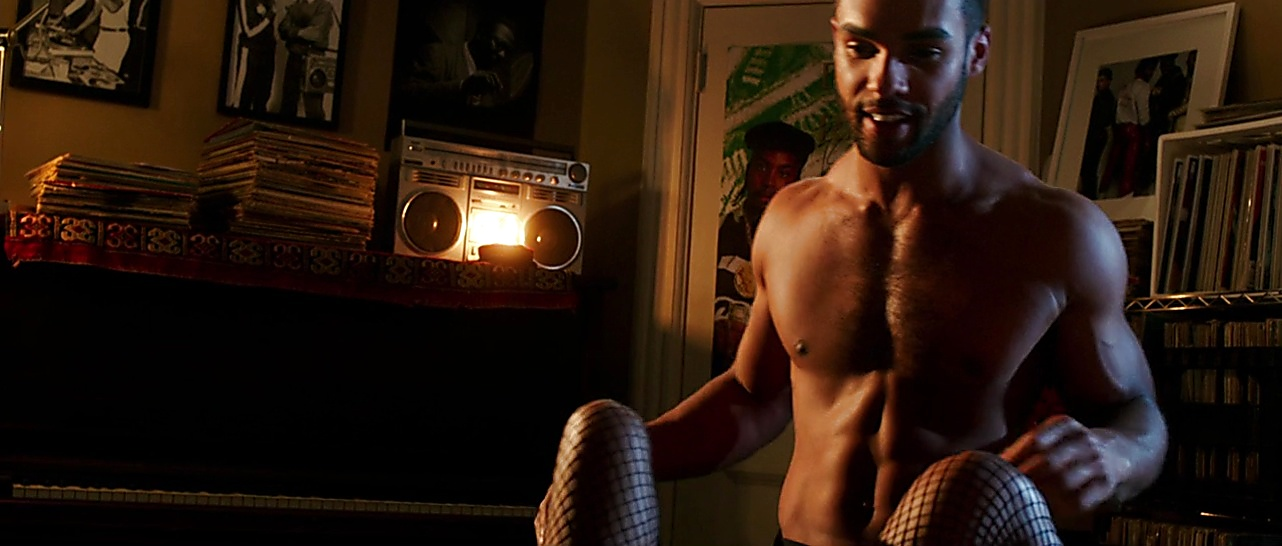 Lucien Laviscount sexy shirtless scene March 6, 2018, 12pm
