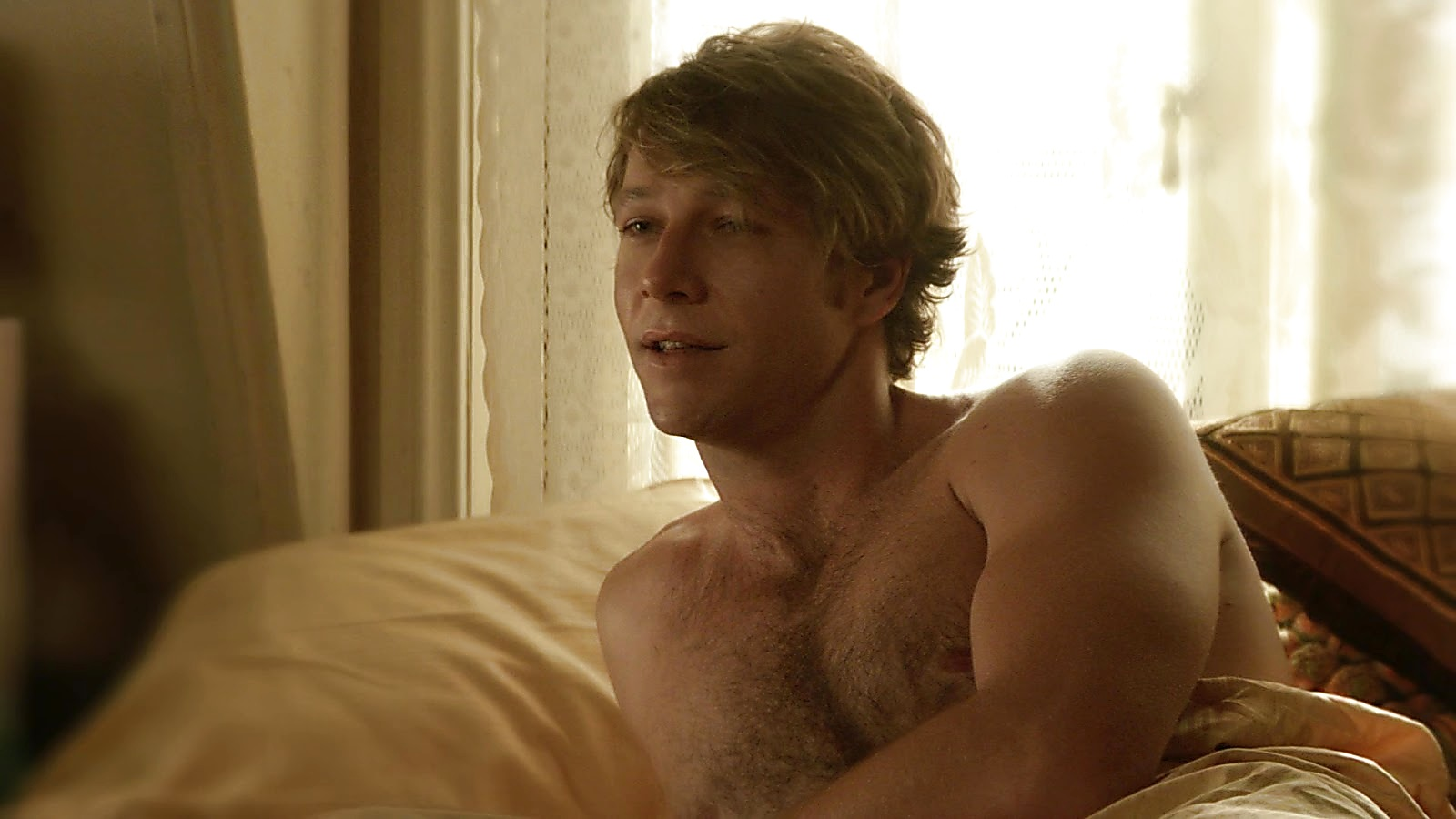 Luke Bracey sexy shirtless scene April 4, 2020, 12pm