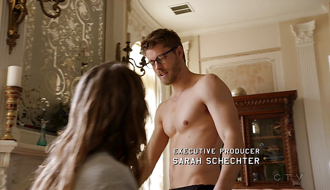 Luke Mitchell sexy shirtless scene March 7, 2018, 12pm
